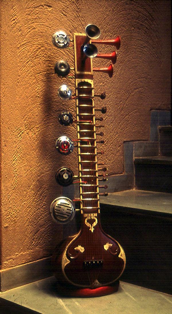 sitar-with-horns